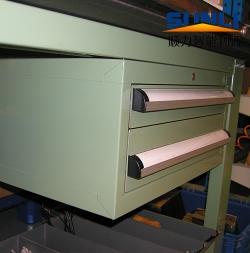 工作桌 工具柜